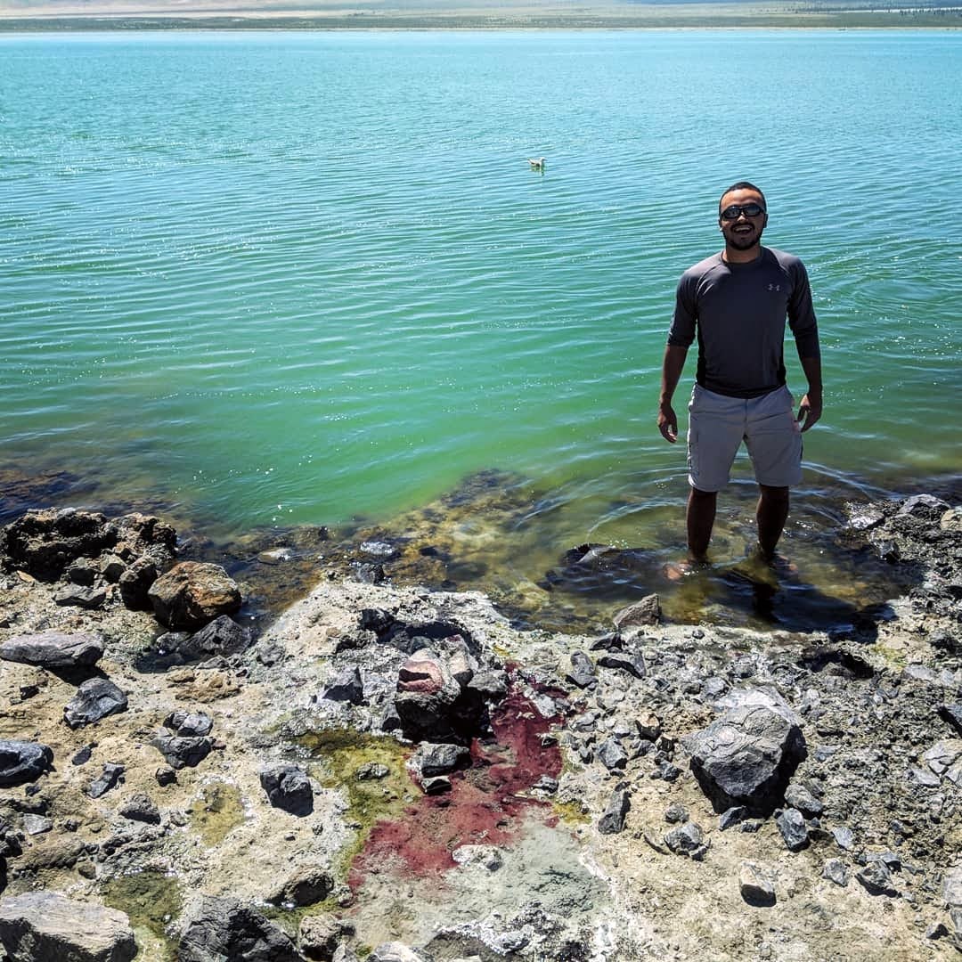 Sergio collected bacterial mat samples from a soda lake in Northern California during his International Geobiology Course.